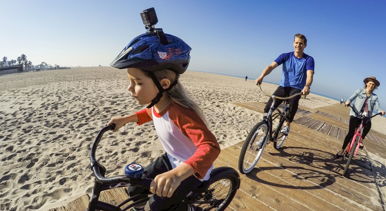 Vented-helmet-lifestyle-image